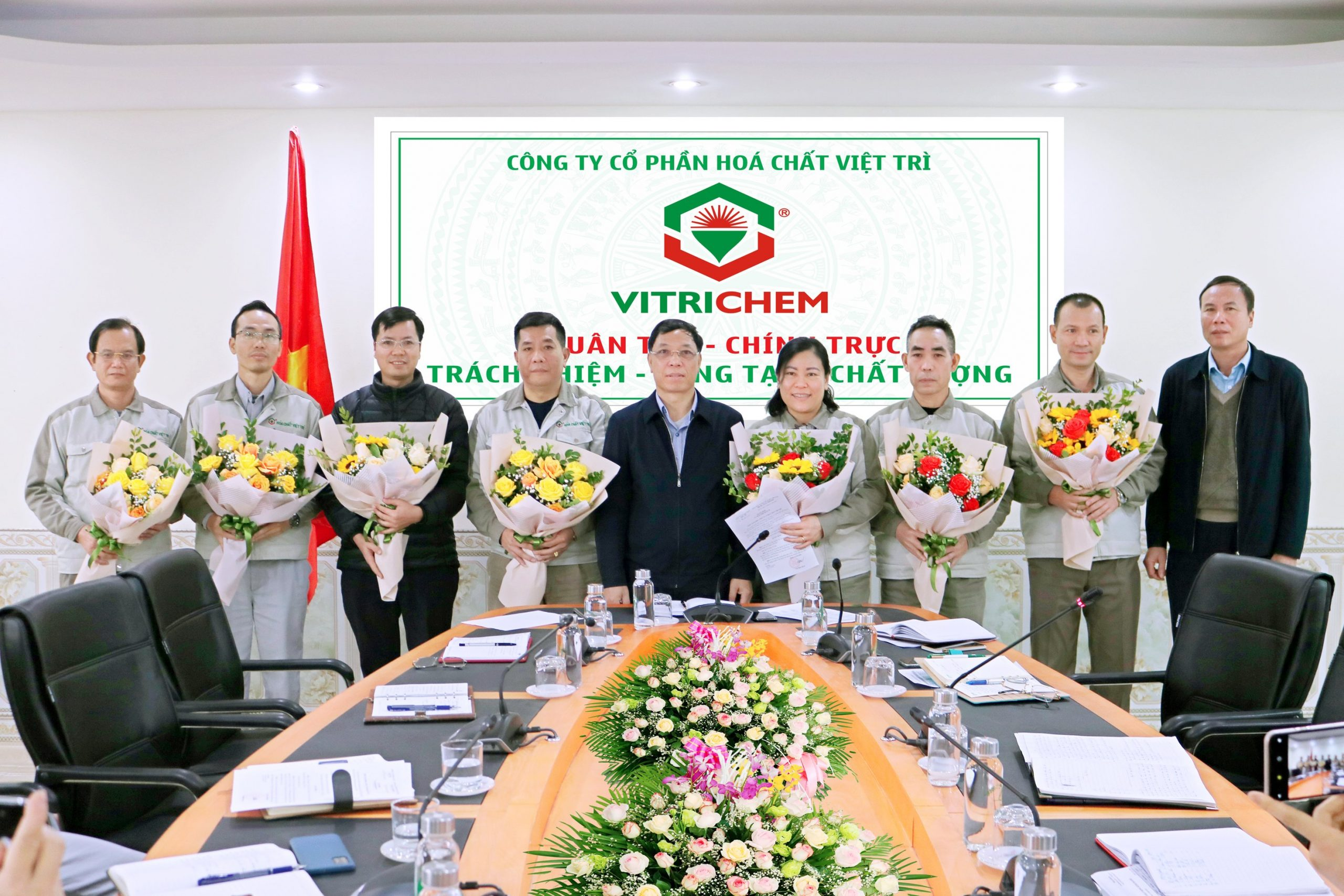 Phiên họp cán bộ chủ chốt VITRICHEM đầu tiên năm 2021